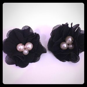 Jewelry - Black Earring event with pearls
